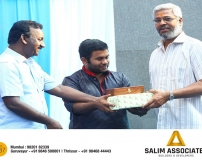 Key-Handing-over-of-Abode6